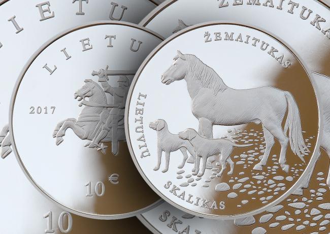 1,5€ et 10€ poney Žemaitukas et chien de race lituaniens 2017