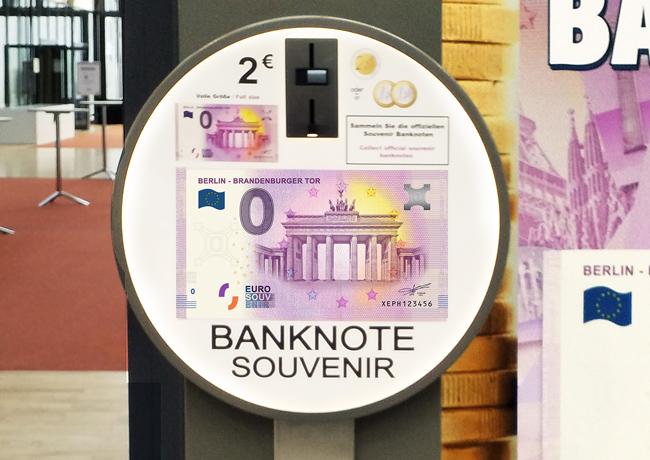 Le billet Zero euro touristique «Porte de Brandebourg » au World Money Fair 2018 à Berlin