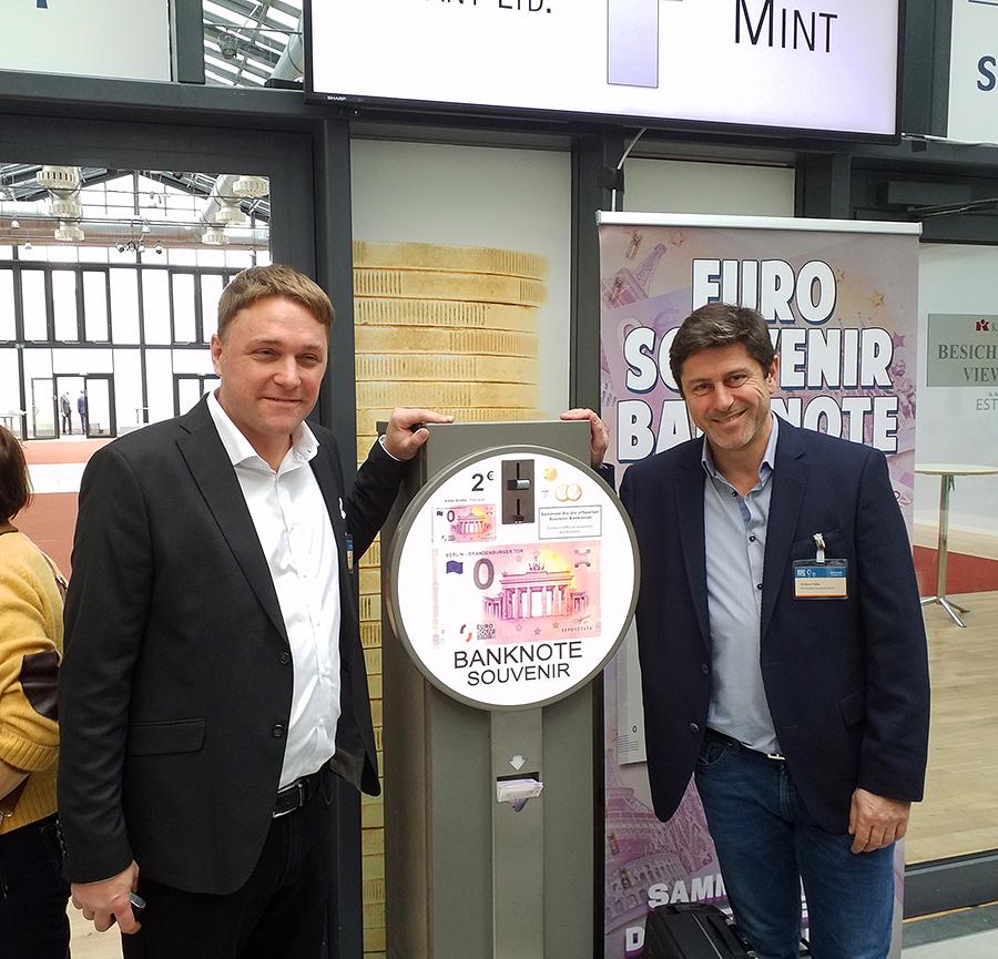 Gonzague CUNNINGHAM et Richard FAILLE billet zero euro souvenir touristique
