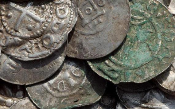Découverte d'un trésor lié au roi Harald 1er du Danemark sur l'île allemande de Rügen