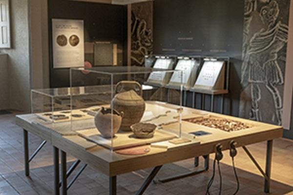 Exposition LOIRE ATLANTIQUE TERRE DE TRESORS - collections Musée DOBREE