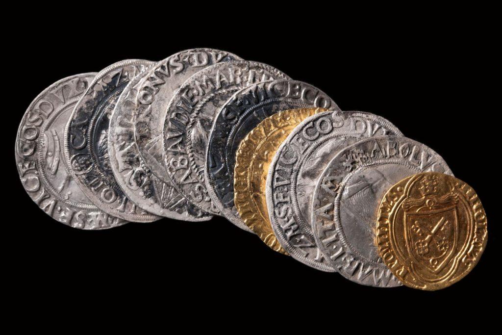 Découverte d'un trésor de pièces interdites de la fin du XVe siècle à Dijon