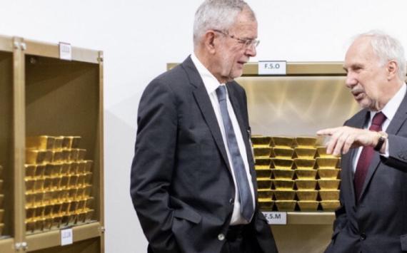 Visite des réserves d'or par le Président de la République autrichienne