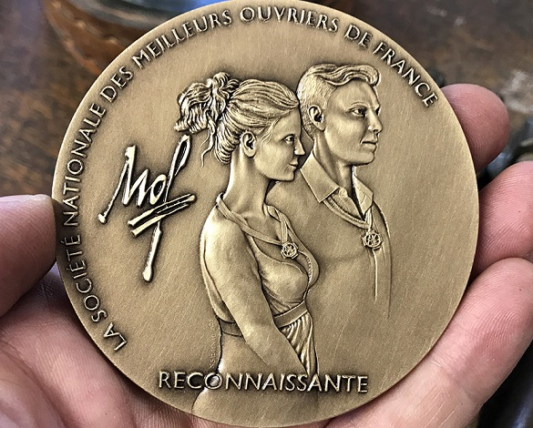 NICOLAS SALAGNAC, graveur de la médaille MOF 2019