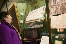 Exposition numismatique au Royaume-Uni : 325e anniversaire de la Banque d'Angleterre