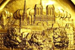 Vente exceptionnelle d'une médaille en or de Pierre TURIN offerte à René COTY