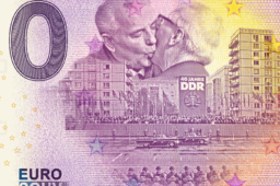 MDM's album of zero euro banknotes – 30 years of German Refunded unity