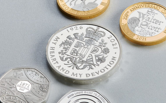 A coinset for Queen's 95thbirthday and 50thanniversary of Decimalisation