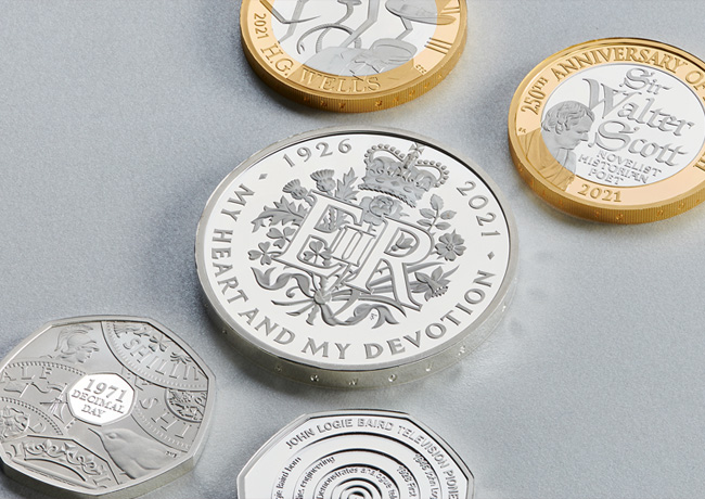 A coinset for Queen's 95th birthday and 50th anniversary of Decimalisation