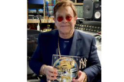 2021 unique Elton JOHN's silver Medallion at Royal Mint Auction