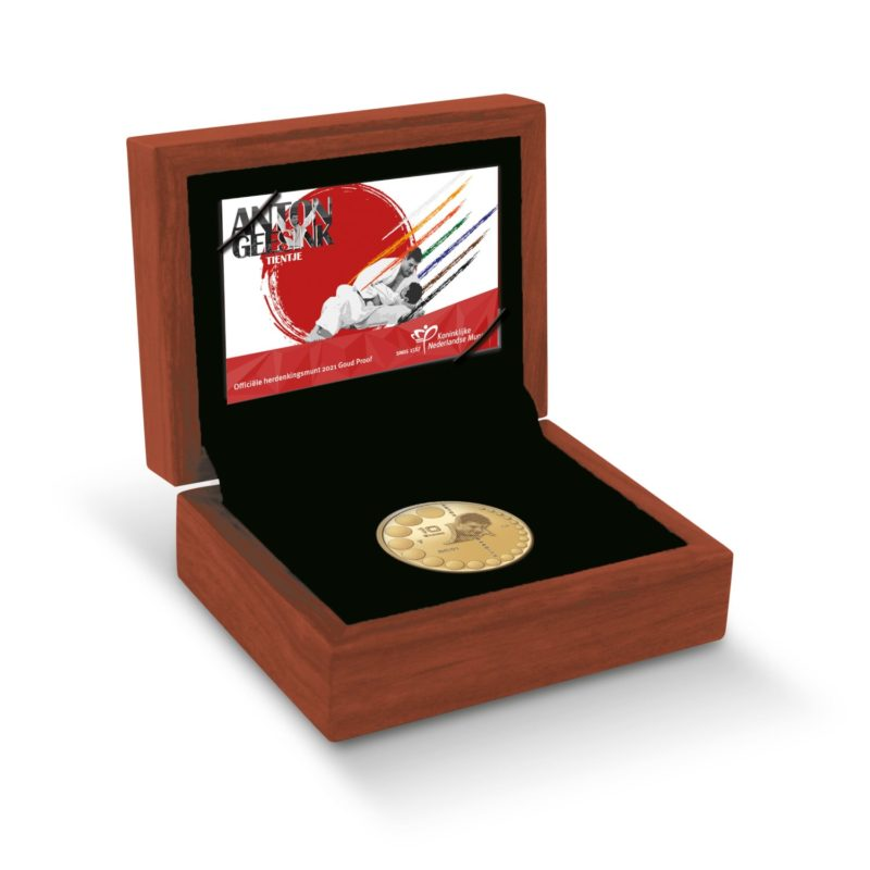 KNM (dutch Mint) celebrates Anton Geesink